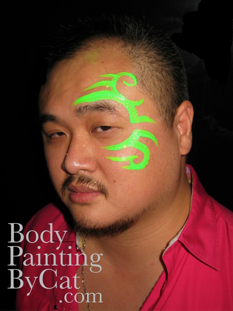 Uv neon body painting by cat