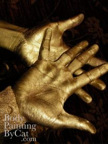 Gold Tennis hands open bpc