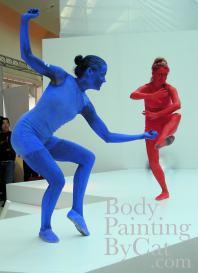 JVC red blue bodypaint statues dance bpc