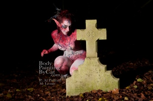 Twiggy Fae Leonie grins tomb bpc