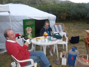 Petes 1st yurt night champers