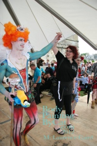 Art Couture Painswick 2102 Queenie cat onstage sm bpc