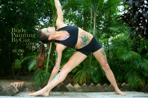 Pat Rocks Yoga glitter tatt side reach bpc