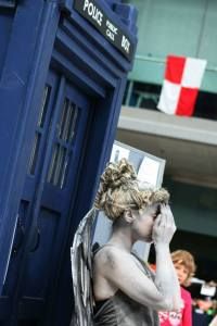 Dr Who rift angel tardis