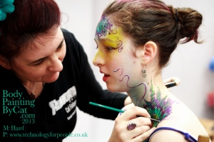 Fab Cat paints cameleon neck bpc
