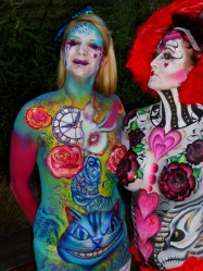 Malice in Wonderland bodypaint Essex jam queen smile