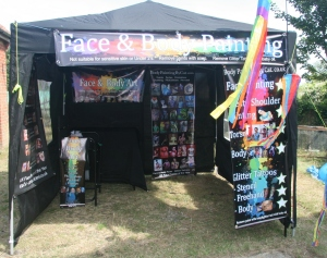 Balck gazebo new banner setup windy.19
