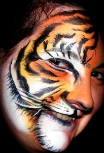 Tiger side smile view catc_2