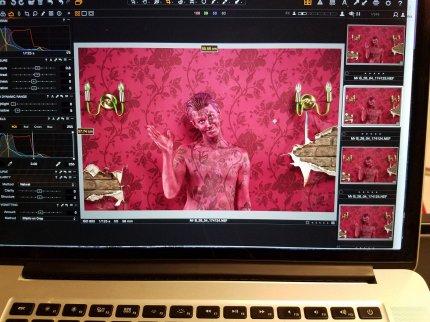 Shot screen wall camo bodypaint on ed.33