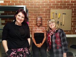 Us brick wall camo bodypaint on Alice.52
